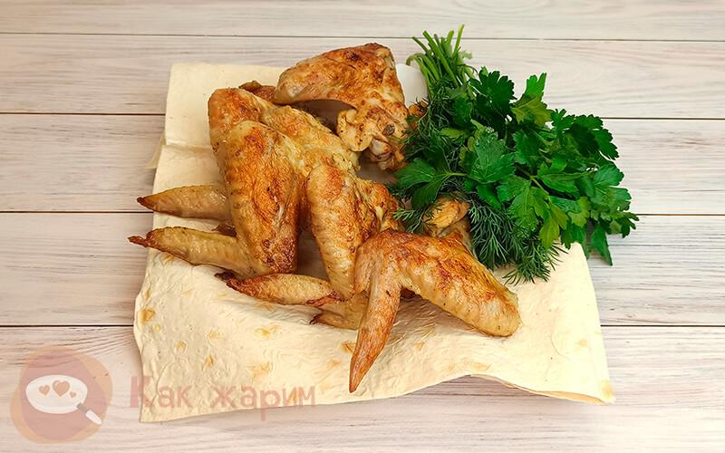 Фото Как жарить куриные крылышки на мангале